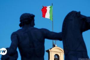 Η νέα στρατηγική της Ιταλίας κατά της πανδημίας | DW | 02.03.2021