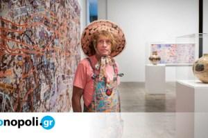 Γκρέισον Πέρι: Ο διάσημος καλλιτέχνης σχεδιάζει μια καμπάνα που θα σημάνει το τέλος της πανδημίας