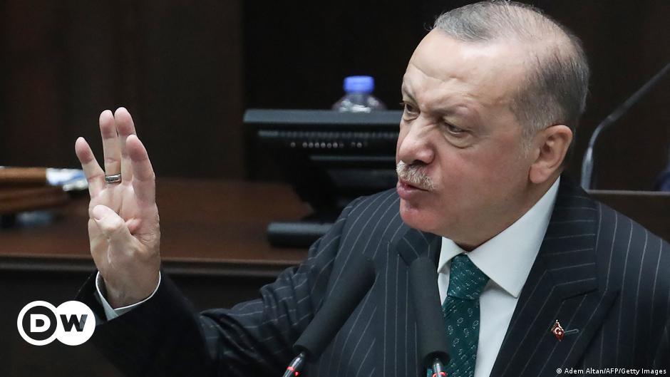 Ερντογάν εναντίον Τουρκοκυπρίωνγια το Κοράνι | DW | 17.04.2021
