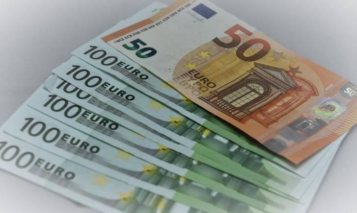 Πάγιες δαπάνες: Πώς και πότε θα δοθούν τα «κουπόνια» για πληρωμή φόρων και ασφαλιστικών εισφορών