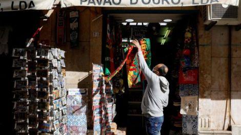 Πορτογαλία : Σηκώνει… ρολά από Δευτέρα