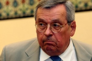 Στ. Μάνος: Πείτε μας την αλήθεια για τους θανάτους από κορονοϊό στην Ελλάδα