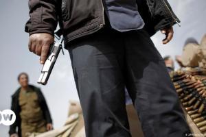 Λιβύη: Ποιον ωφελούν οι μισθοφόροι | DW | 08.05.2021
