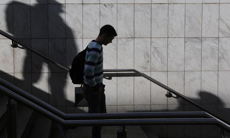 Ανεργία: Στο 16,3% τον Μάρτιο φέτος
