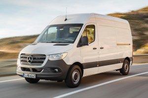 Ανακαλούνται 5.896 ελαφρά φορτηγά Mercedes