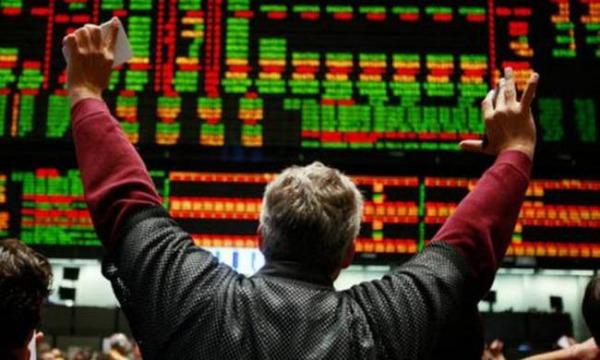 Ανοδική αντίδραση χωρίς τα funds στο χρηματιστήριο
