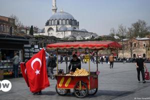 Ο Ερντογάν θέλει επιστροφή στην κανονικότητα αλλά... | DW | 03.07.2021