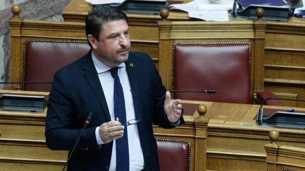 Χαρδαλιάς: Συνεργασία και συνεννόηση για τα ζητήματα πολιτικής προστασίας - Επικρίσεις από ΣΥΡΙΖΑ για απευθείας αναθέσεις