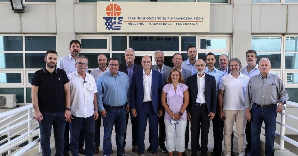 Συγκροτήθηκε το νέο ΔΣ της ΕΟΚ, υπεύθυνος εθνικών ομάδων ο Ντικούδης και διεθνών σχέσεων ο Ρεντζιάς