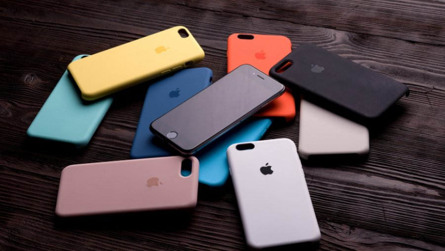 Kατασχέθηκαν 2.633 «μαϊμού» προϊόντα – αξεσουάρ κινητών σε ηλεκτρονικό κατάστημα στο Χαλάνδρι