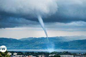 Κίνδυνος για τυφώνες σε Ελλάδα, Τουρκία και Ιταλία | DW | 14.10.2021