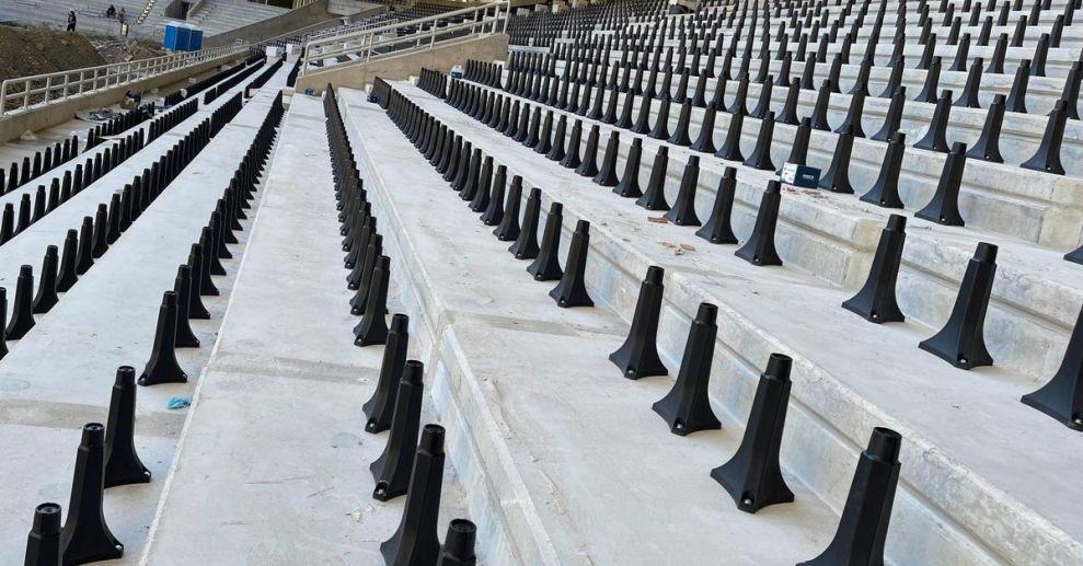 Ξεκινάει η τοποθέτηση των καθισμάτων στο κάτω διάζωμα της OPAP Arena