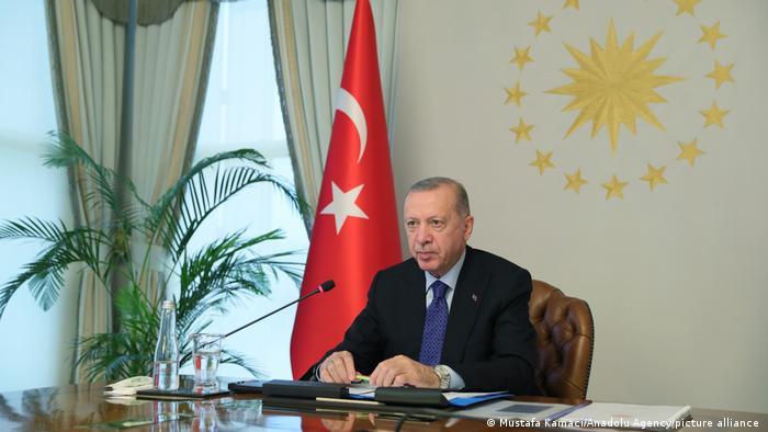 Ο εγκλωβισμένος Ερντογάν
