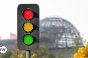 SPD, Πράσινοι και FDP προς διαπραγματεύσεις | DW | 12.10.2021