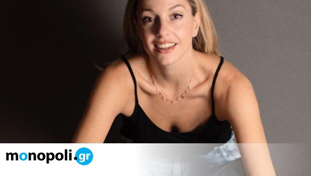 Status Update: Αμαλία Αρσένη, ηθοποιός - Monopoli.gr