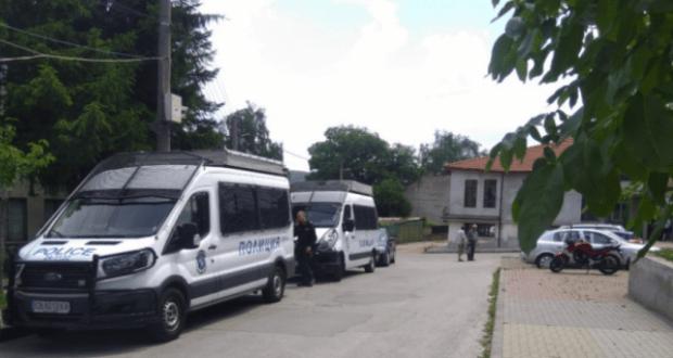 арестувания по гащи кмет на Костенец