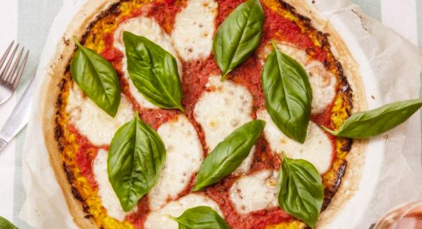 Пица Маргарита с блат от тиквички