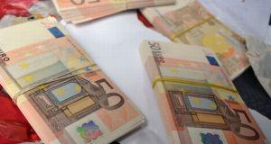 Искате ли всеки ден да се будите с 86 400 евро в джоба? Само трябва да спазите едно единствено правило…