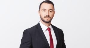Хекимян плаща по 200 лв за фризьор