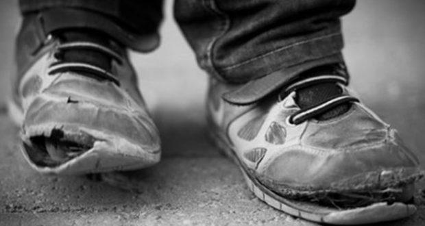 Нямам родители и живеех с баба си! Всички ме избягваха защото съм беден!