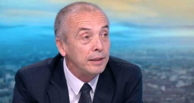 Мангъров: Затягат мерки по политически причини заради скандалите които тресат властта