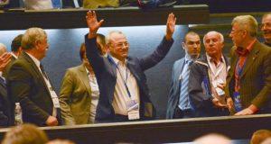 Български писател с кърваво разкритие: Ахмед Доган управлява държавата ни!