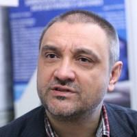 Проф. Чорбанов: Разпространението на вируса не става на улицата или в кафенето