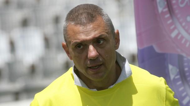 Крум Савов изригна срещу Бойко Борисов