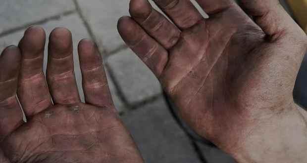 Истинска история която си заслужава да прочетете: Мъж отиде на интервю за работа с мръсни ръце и ето какво се случи!