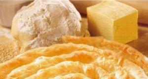 Вкусна и мързелива закуска: Любимата баница на баба
