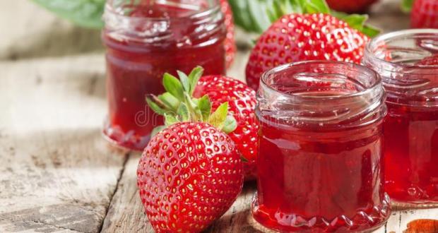 Първокласно ягодово сладко с МИНИМУМ захар: правя го така от 20 години - само 3 съставки и трае целогодишно!