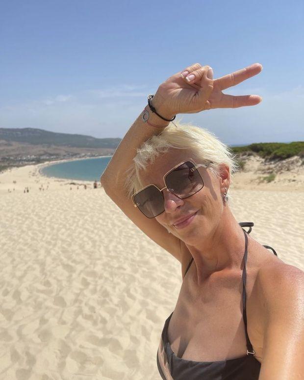 Нана Гладуиш на плажа