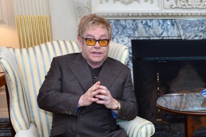 Elton John har udtrykt ønske om at mødes ansigt til ansigt med Vladimir Putin. Arkivfoto: USSD.