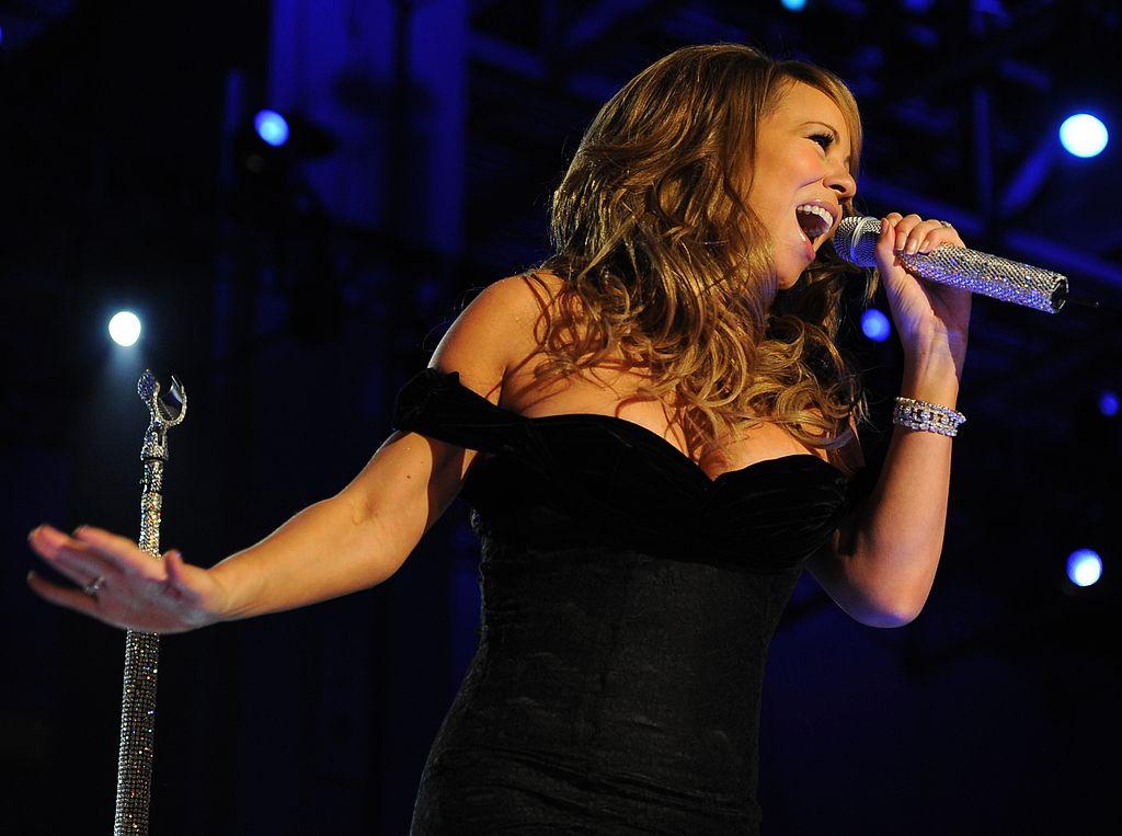 Mariah Carey vil have et privat - men glamorøst bryllup. Arkivfoto: Suzanne M. Day