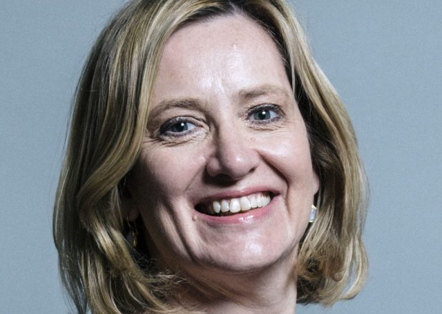 """Officielt portræt af Amber Rudd. <a href=""""https://creativecommons.org/licenses/by/3.0/"""">(CC BY 3.0)</a>"""