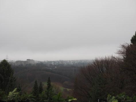 Aufnahme ohne Filter mit klassischen grauen Wolken im Bergischen Land ;-)