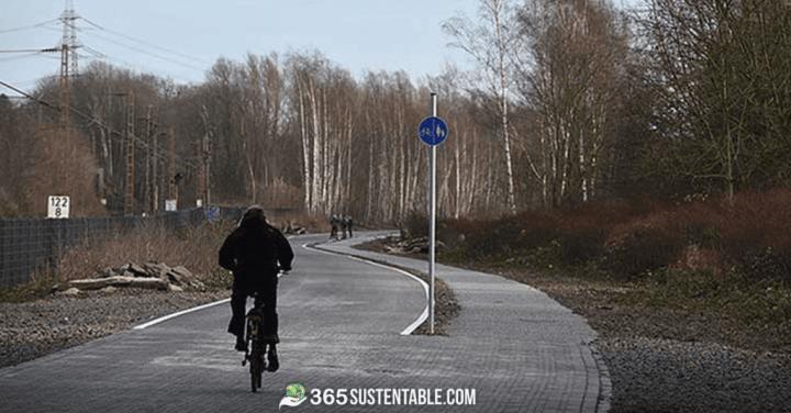 Esta autopista de 100km en Alemania fue construida exclusivamente para quienes aman la bicicleta