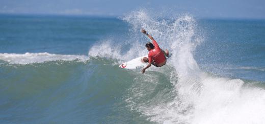 Facundo Arreyes, Surfista, Argentino.