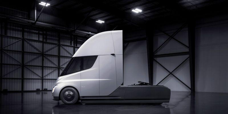 Tesla presentó el Tesla Semi