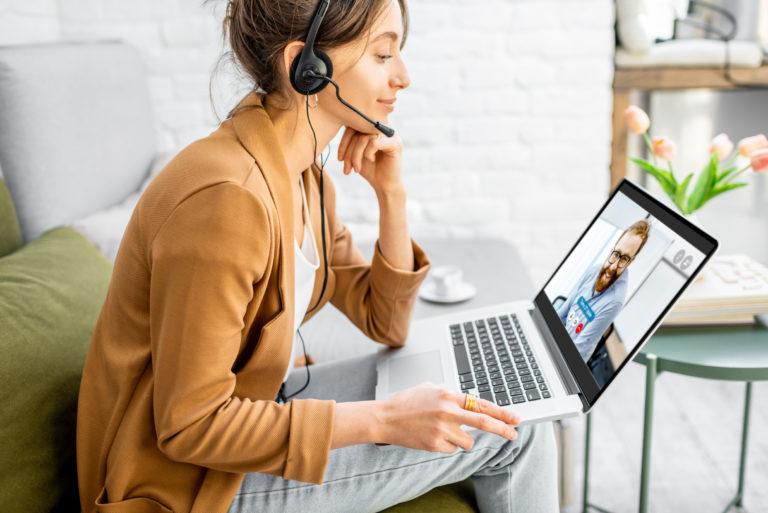 Controlar el uso de la tecnología para separar lo personal de lo laboral.