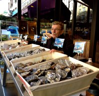 oyster_paris_france. jpg
