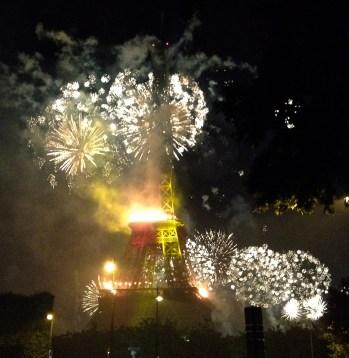 fireworks_14_july_paris12_2014.jpg