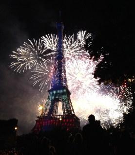 fireworks_14_july_paris2_2014.jpg
