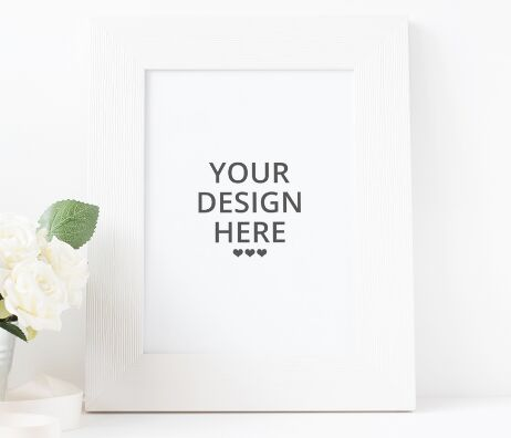 FREE PICTURE FRAME MOCK-UP (PSD)