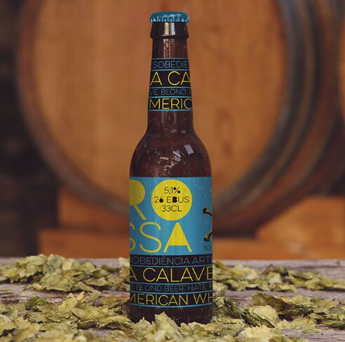 free-beer-barrel-mockup