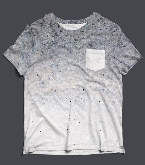 Pocket T-Shirt PSD MockUp