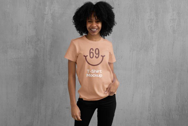 Women T-Shirt PSD Mockup