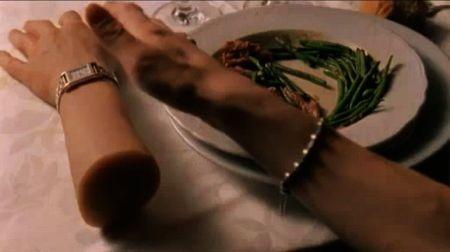 Still from In my Skin [Dans ma Peau] (2002)