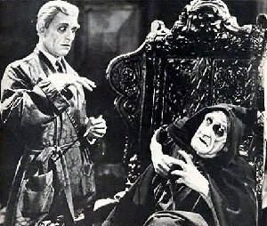 Still from The Monster (1925)