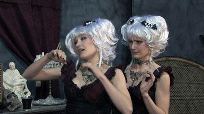 Harp Twins as Creeporia